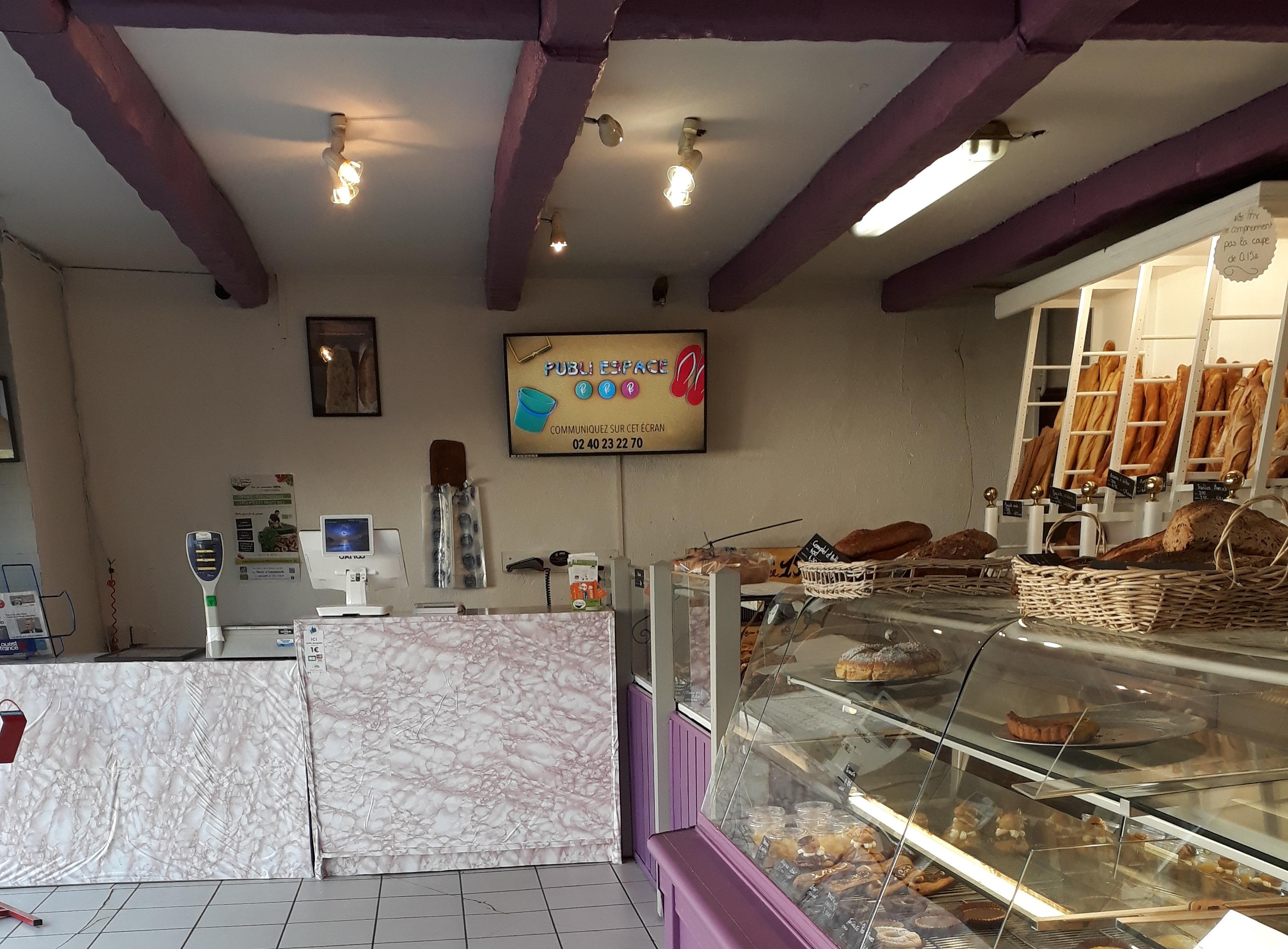 Boulangerie à Rezé équipé d'un écran digital Publ'in