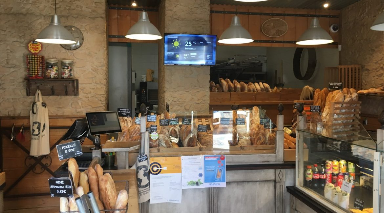 Boulangerie Terre des Pains avec affichage dynamique.
